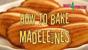 madeleines recipe,how to bake madeleines,original french madeleines recipe,classic french madeleines recipe,recipe for madeleines,recette de madeleines, recette madeleines, madeleines recipes, madeleines patisserie, madeleines pan, how to make madeleines, recette pour les madeleines, homemade madelins, french butter cakes, recette de Magdalenas,make madeleines at home,homemade madeleines recipe