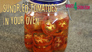sun dried tomato, dried tomatoes, Sundried tomatoes, how to make Sundried tomatoes, Sundried tomato recipe, dried tomatoes recipe, make sun dried tomato, Sun-dried Tomato, how to make sundried tomatoes in your oven, how to make your own sun dried tomatoes in the oven, Oven-Dried Tomatoes, easy oven dried tomatoes, homemade oven dried tomatoes, dried dehydrated tomatoes,sundried tomatoes in olive oil,hot to make sundried tomatoes in olive oil